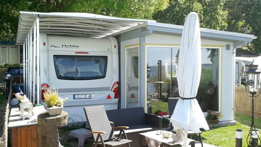 umfassende l sungen wie einzugszelte und standzelte schutzd cher f r wohnmobile caravans. Black Bedroom Furniture Sets. Home Design Ideas