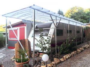 Carport einseitig aufgelegt auf Standzelt
